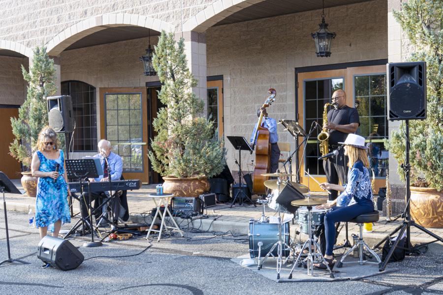 Jazz in Noto's Parking Lot - September 22, 2020